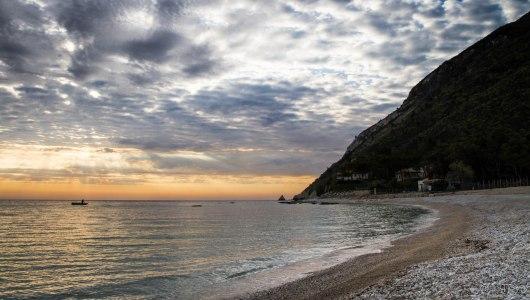 monte conero portonovo ancona mare spiaggia