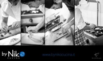 fotografia staff cucina chef a lavoro